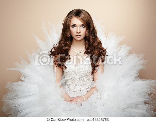 Portrait of beautiful bride. Wedding photo - csp18826768