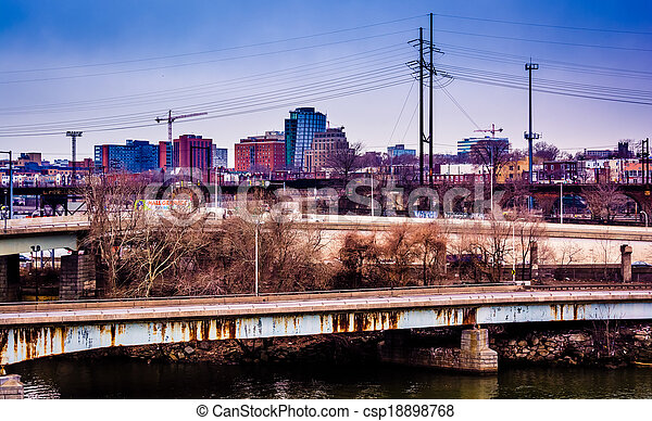 View of bridges over the Schuylkill River and West Philadelphia, Pennsylvania. - csp18898768