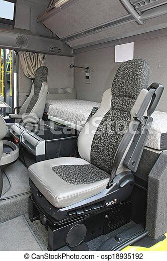 Banque de photographies de camion cabine int rieur for Camion americain interieur cabine