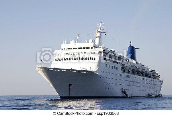 Cruise liner in Odessa harbor - csp1903568