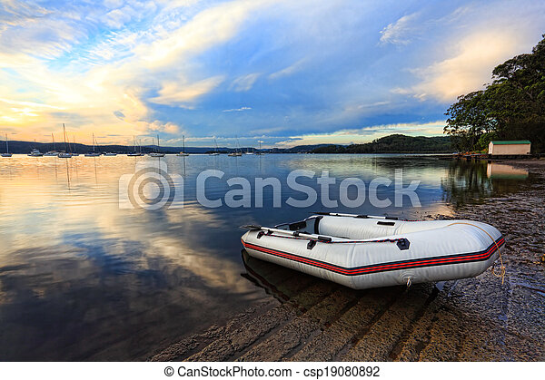 Boats at Saratoga in the late afternoon - csp19080892