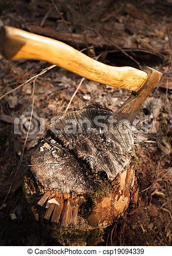 Photos de coll bois b che fer hache photo de fer hache csp19094339 recherchez - Hache fendeuse de buche ...
