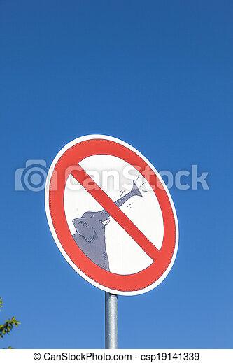 photos de bruit l phants faire signe rue interdit rue signe csp19141339. Black Bedroom Furniture Sets. Home Design Ideas