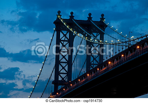 Manhattan Bridge in twilight - csp1914730