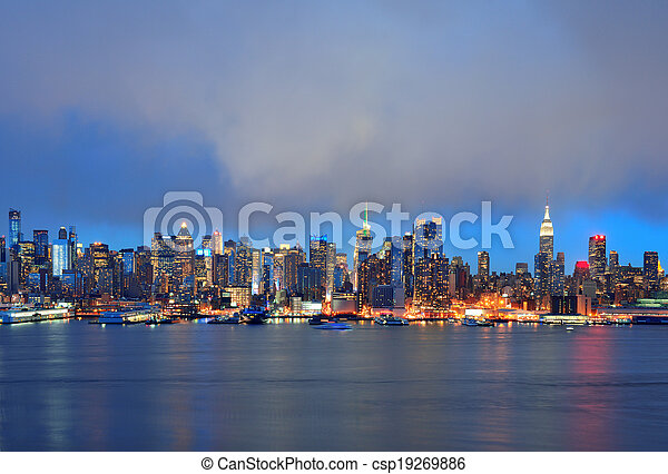 New York City evening - csp19269886