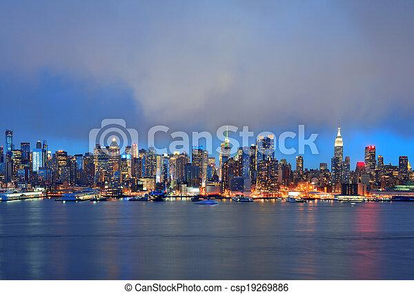 New York City evening - csp19269886