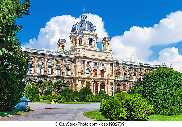 Museum of Art History in Vienna, Austria - csp19327091