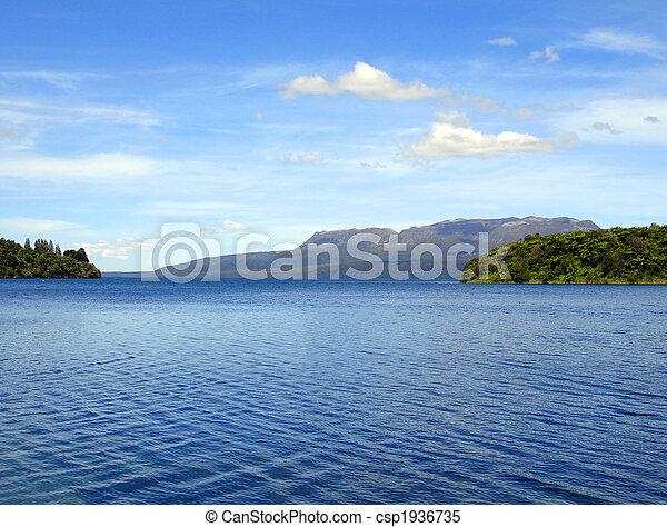 Ripples on Lake Tikitapu (Blue Lake), Rotorua, New Zealand - csp1936735