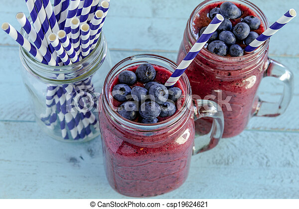 Blueberry and Blackberry smoothie shakes