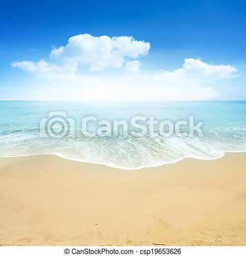 schöne, sommer, sandstrand - csp19653626
