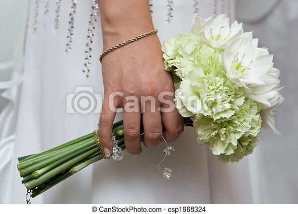 photo de bouquet mari e prise bouquet blanc naturel fleurs csp1968324 recherchez des. Black Bedroom Furniture Sets. Home Design Ideas