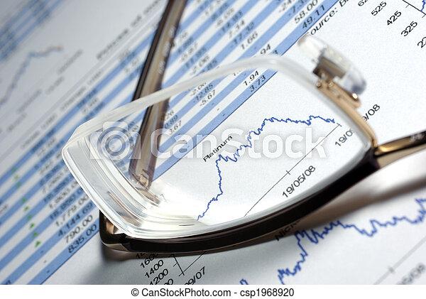 Daten, finanziell, Tabellen, gedruckt, Bericht, Brille - csp1968920