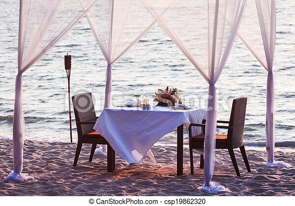 Place for romantic dinner - csp19862320