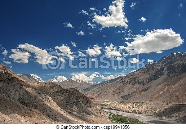 ヒマラヤ山脈 - csp19941356 ヒマラヤ山脈, 山, 中に, 夏, 時間カンプを保存