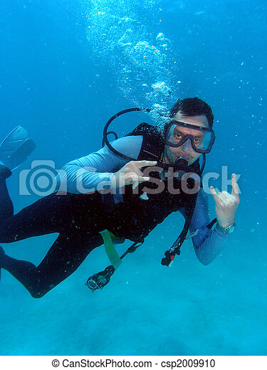 Man Scuba Diving - csp2009910