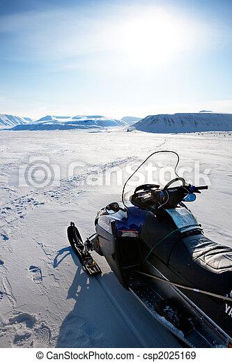 Snowmobile - csp2025169