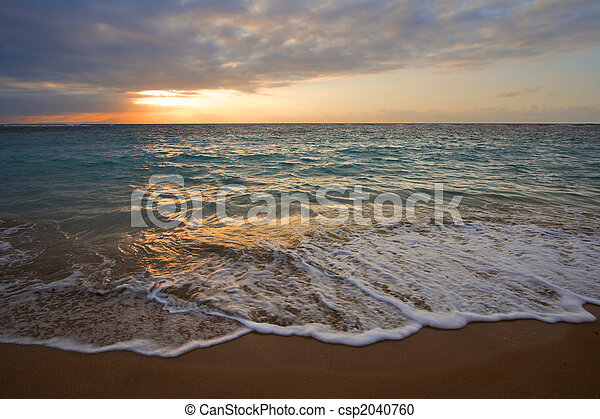 Calm ocean during tropical sunrise - csp2040760