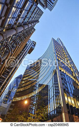Photo de ville moderne centre mener global londres for Architecture moderne londres