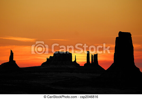 Sunset Over Monument Valley - csp2046816
