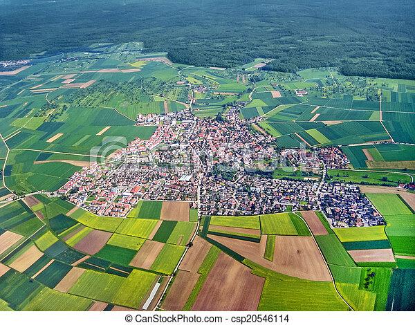 village, aérien, vue - csp20546114
