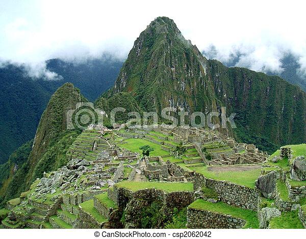 Machu Picchu - csp2062042