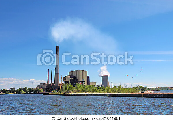 Power plant on Lake Michigan in Indiana - csp21041981