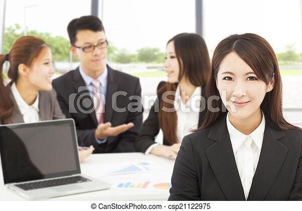 image de femme directeur business bureau quipes business csp21122975 recherchez des. Black Bedroom Furniture Sets. Home Design Ideas
