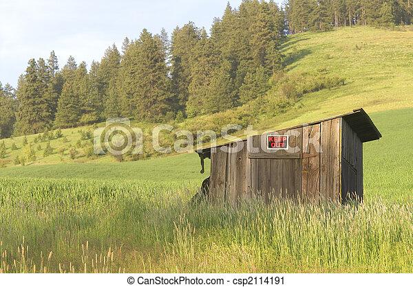 Rolling Farmland - csp2114191