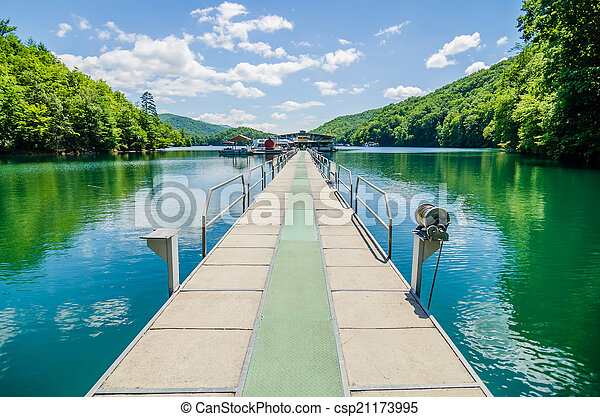 Lake fontana boats and ramp in great smoky mountains nc - csp21173995