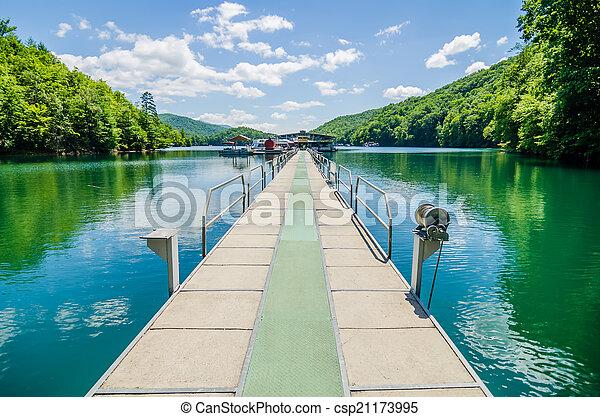 Lake fontana boats and ramp in great smoky mountains nc - csp21173995