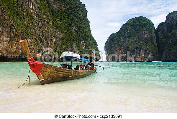 Fishing boat on Thailand beach - csp2133091