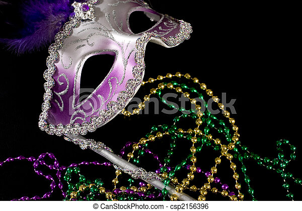 Mardi Gras mask an beads - csp2156396