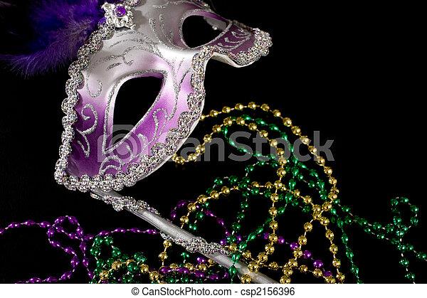 Mardi Gras mask an beads - csp2156396