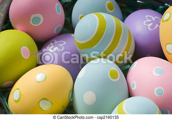 Easter Eggs in Basket - csp2160135