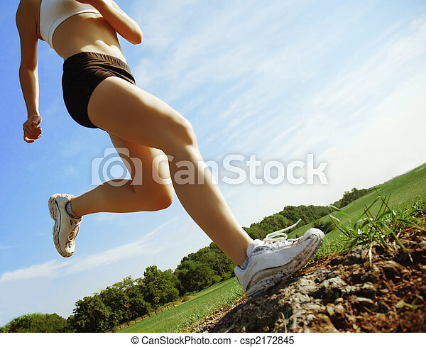 Low Angle Runner - csp2172845