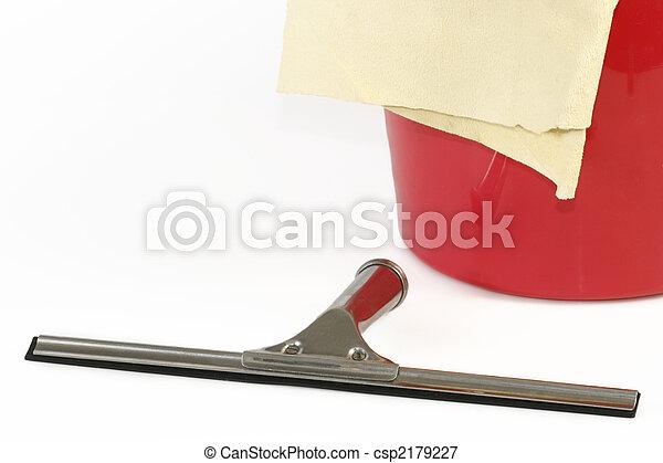 bilder von fenster putzen ger te putzen windows aus wei es csp2179227 suchen sie. Black Bedroom Furniture Sets. Home Design Ideas