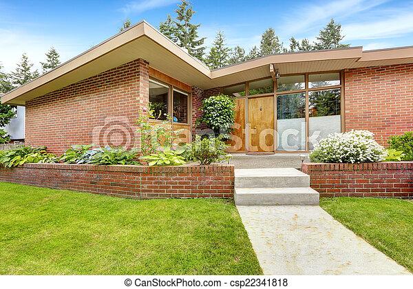 photo maison brique tailler entr e porche devant yard vue image images photo libre. Black Bedroom Furniture Sets. Home Design Ideas