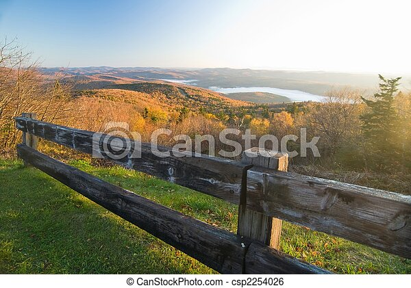 Spectacular fall mountain scenery - csp2254026