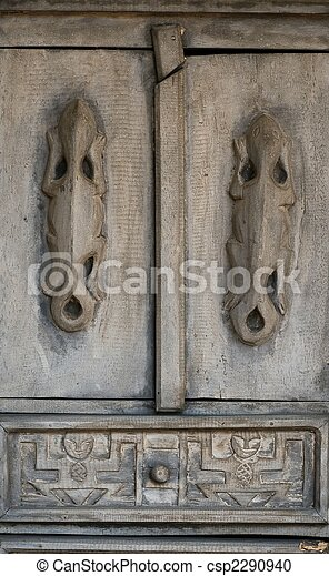 Primitive Mexican Carving - csp2290940