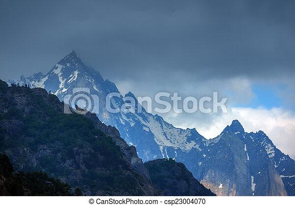 ヒマラヤ山脈 - csp23004070 ヒマラヤ山脈, 山, 中に, 夏, 時間カンプを保存