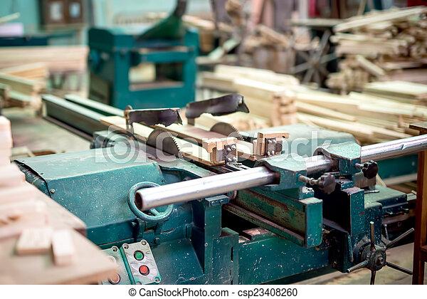 Stock de imagenes de madera y muebles producci n for Stock de muebles
