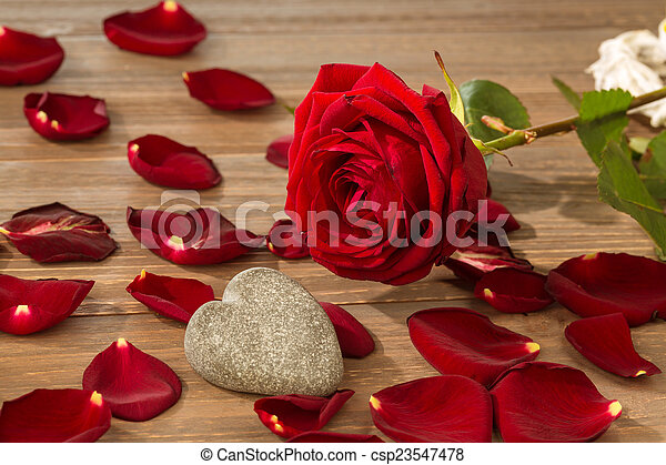 roses for valentine\'s day and mother\'s day