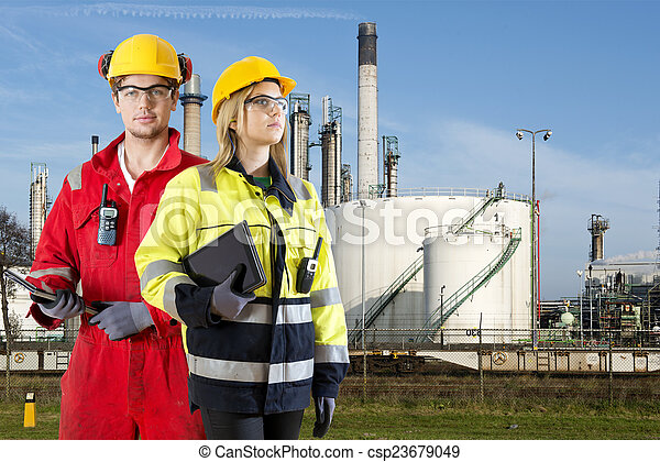 especialistas,  Petrochemical, segurança - csp23679049