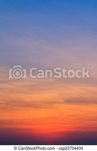blaues, Hintergruende, wolkenhimmel, Sonnenuntergang, himmelsgewölbe - csp23704434