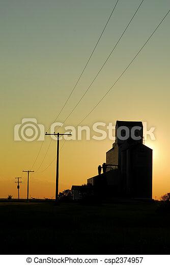 Picture of Prairie Grain Elevator Silhouette - A prairie elevator ...