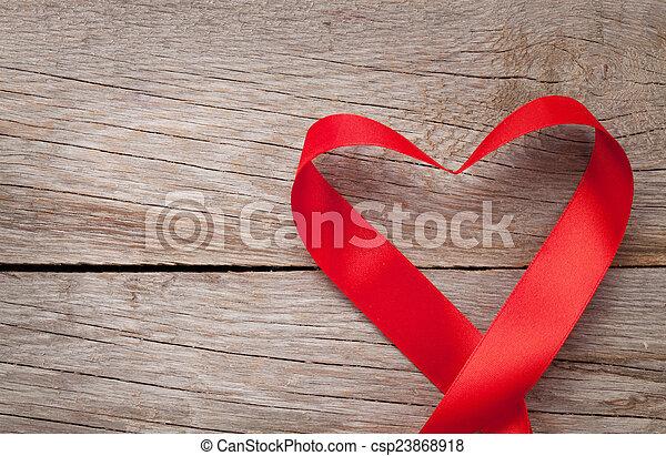 Coração, Dado forma, madeira, sobre,  valentines, fundo, tabela, Dia, Fita - csp23868918
