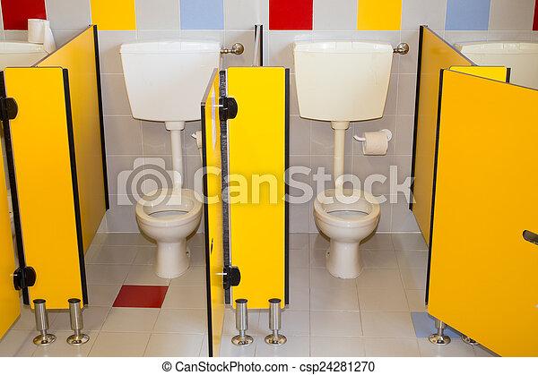 Stock Foto   Badezimmer, Wandschrank, Schule, Wasser, Kleine Kinder