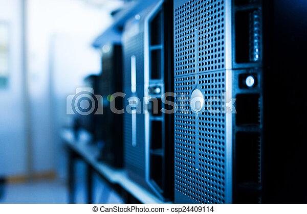 Network servers - csp24409114