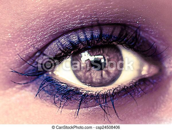 Purple Eye Makeup. Beautiful Eyes Make-up. Macro