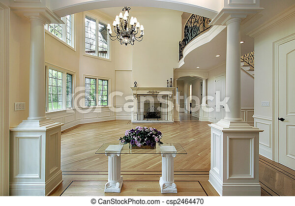 Family room with columns - csp2464470